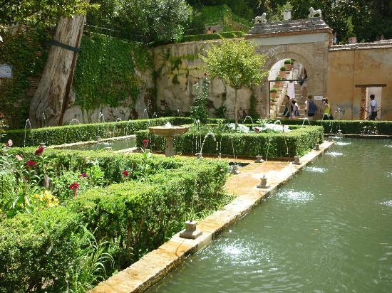 Generalife jardin de la sultana fotograf a de la - Residencia los jardines granada ...