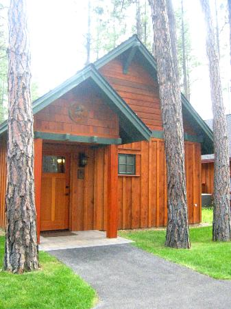 Five Pine Lodge & Spa: Classic Cabin