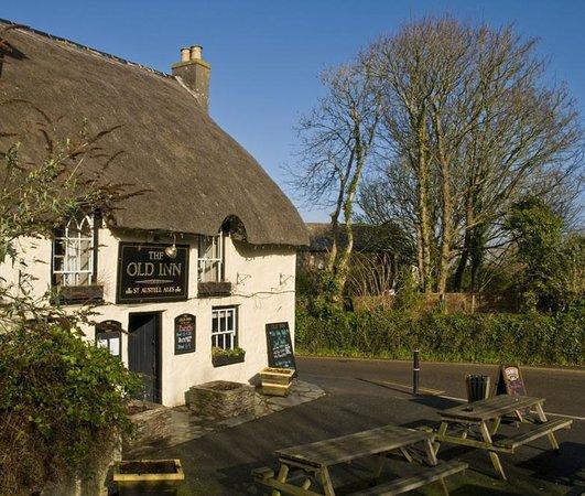 The Old Inn- Mullion Photo