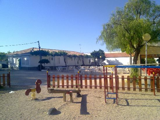 Camping Carlos III: Bar y zona recreativa