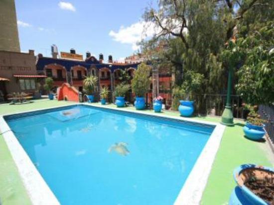 Hacienda De Cobos: alberca