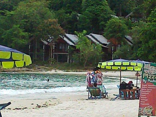 Ao Pudsa Bungalows: La spiaggia del Pudsa