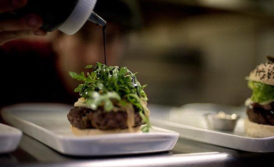 Les Trois Garçons - Bistro Burger