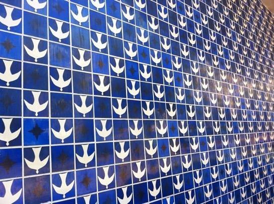 Igrejinha N.S. De Fatima church: Azulejos de Athos Bulcão