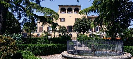 Ristorante Villa Le Farnete Photo