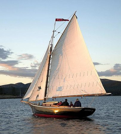 Acadia Sails-Private Day Boat Tours