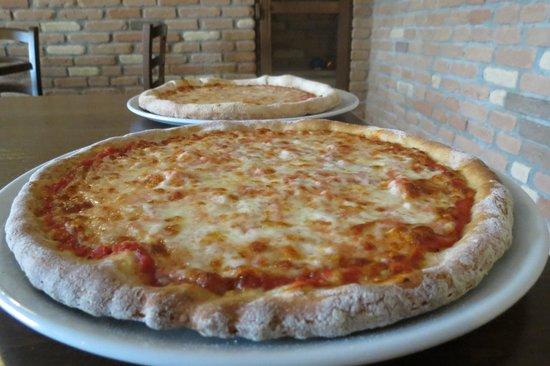 Lainate, Italy: Pizza 100% Monococco SHEBAR