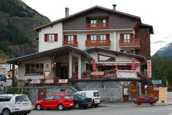 Hôtel l'Etoile de Neiges : Vue de l'Hotel