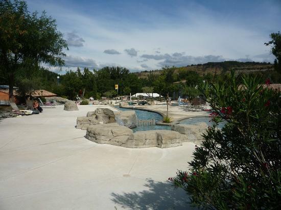 Vue de l 39 emplacement picture of yelloh village le for Club piscine soleil chicoutimi