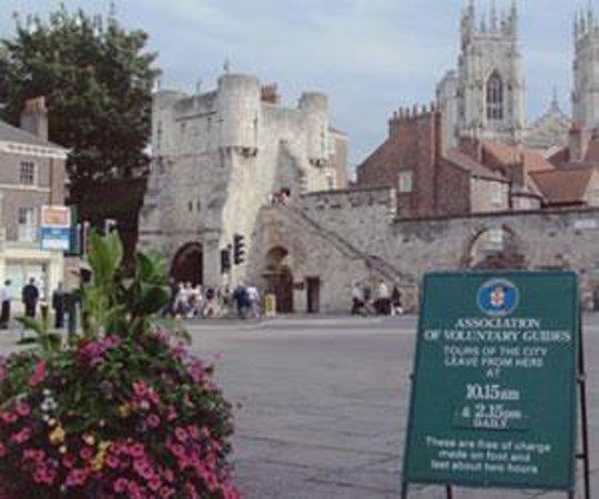 Free Walking Tour York (England): Top Tips Before You Go ...