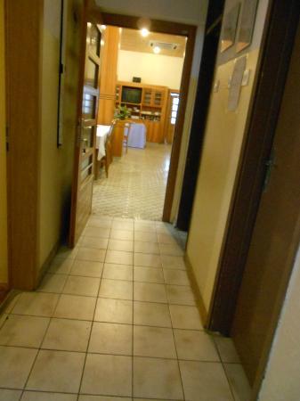 Maestral Residence: Dining room
