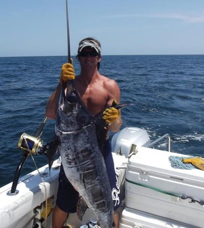 Vamanos Fishing Charters day trips