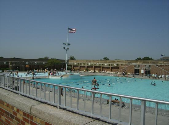 Jones Beach State Park: The pool at Jones Beach