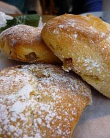 Lifestyle Vacations France Culinary Tours: brioche class