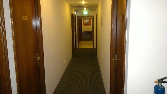 Penta Hotel: 2nd floor