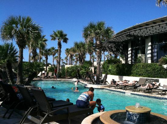 Hotel Galvez & Spa A Wyndham Grand Hotel: The pool