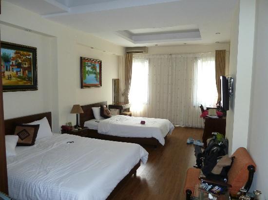 Hanoi First Choice Hotel: habitacion