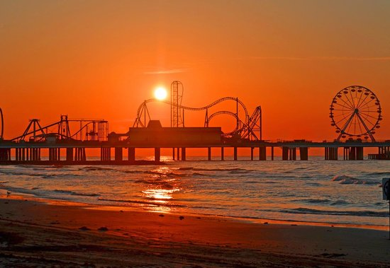 Galveston Island Historic Pleasure Pier Tx Hours