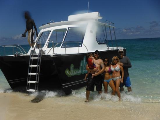 Island Vibes Tours: great trip, thanks Sean