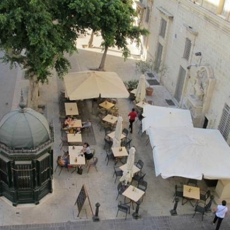 Luciano Valletta Boutique Accommodation: the terrace