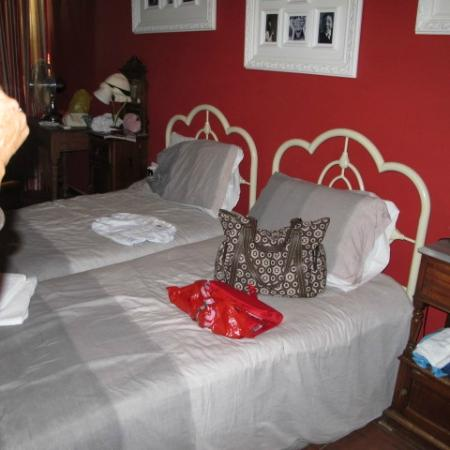 Luciano Valletta Boutique Accommodation: a room