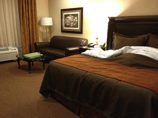 "Ayres Hotel & Spa Moreno Valley: The ""living/sleeping"" area of my King Suite."