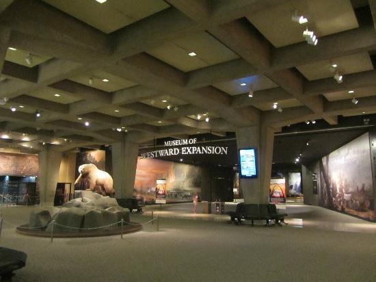 St Louis Car Museum Reviews