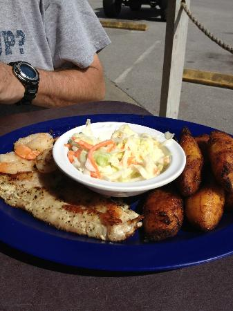 Mango Marley's: Grilled fish and shrimp.