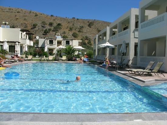 Anna's House: pool