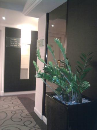 Pullman Montpellier Centre: couloir du 7eme étage