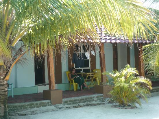 Senari Bay Resort: Vue de notre terrasse (les chambres sont de plain pieds)