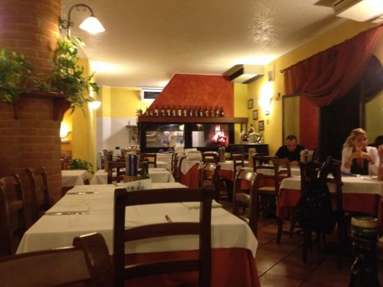 Pizzeria Ristorante En Bocon: ...
