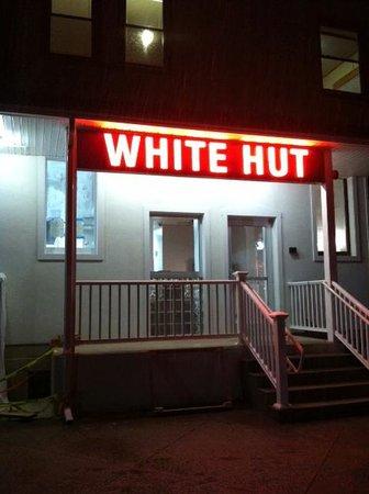 White hut Photo