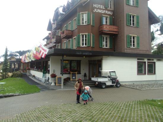 Hotel Jungfrau Exterior