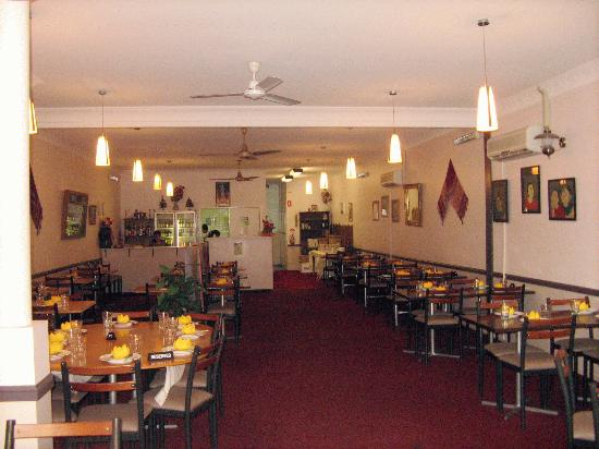 Picture of dee 39 s vintage thai restaurant for Antique thai cuisine