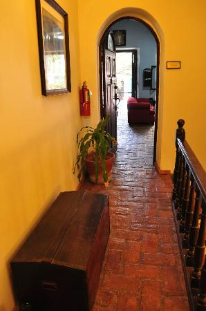 Caleta 64 Apartment : outside hallway