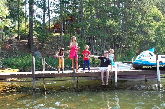 White Eagle Resort on Lake Vermilion: Kids LOVED fishing off the dock.