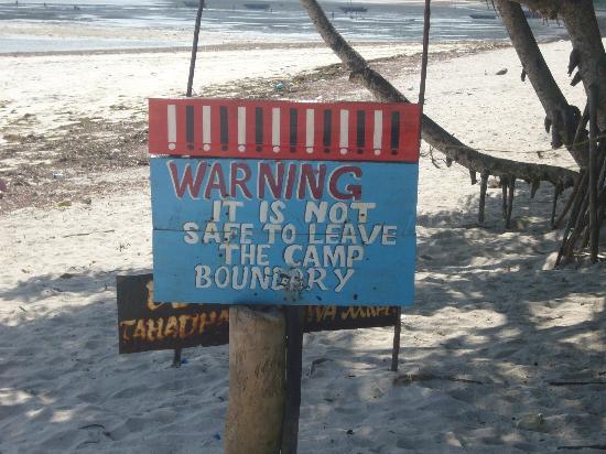 Mikadi Beach: warnings