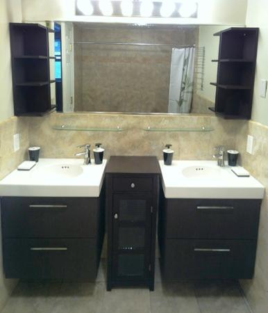 The Williamsburg Guesthouse: Bathroom with His and Her sinks
