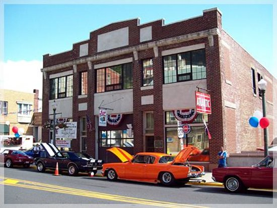 Foto de Jerry's Classic Cars and Collectibles Museum