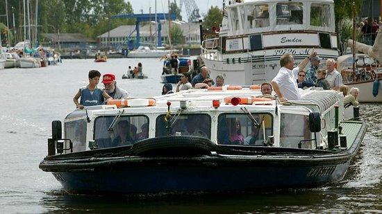 Hafenrundfahrt Emden Foto