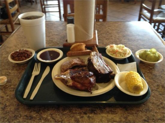 Silverado SmokeHouse: Sample meal