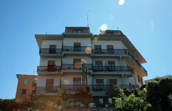 Hotel Garden: Esterno