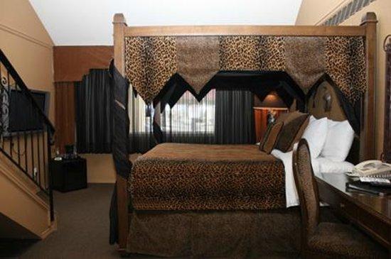 Prestige Hotel Vernon: Africa Designer Suite