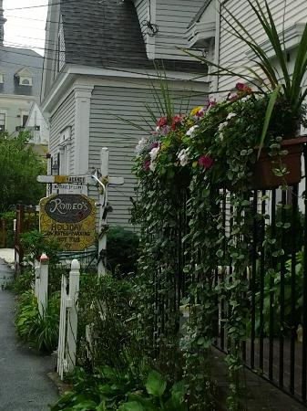The Gaslamp Bed & Breakfast: Romeo's