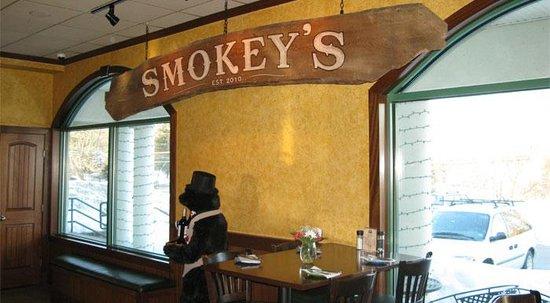 Smokey's Brick Oven Tavern