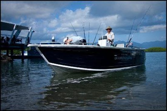 Akoonah Angling: Our 6 meter Sportfisher