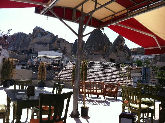Hotel Ariarathes: a colazione tutti in terrazza!!!