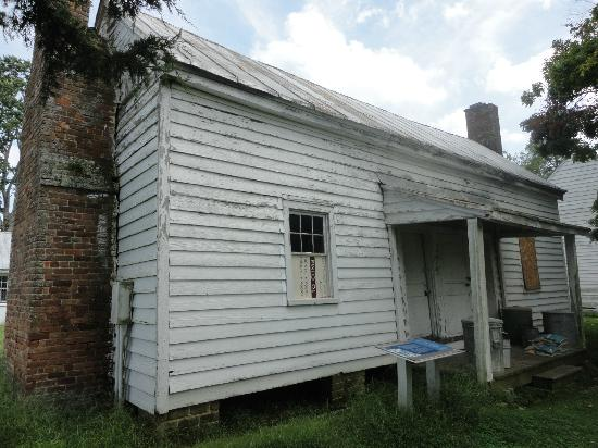 Surry, VA: Slave quarters
