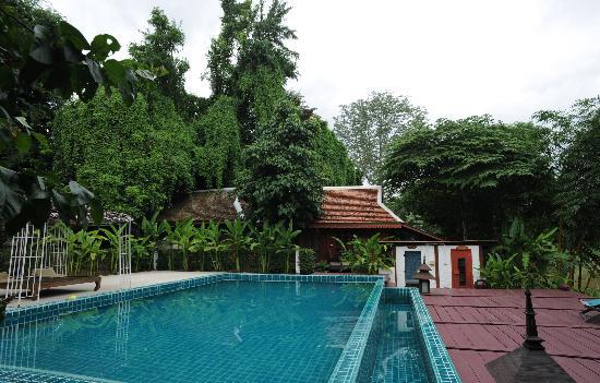 Tonnam Homestay: piscine